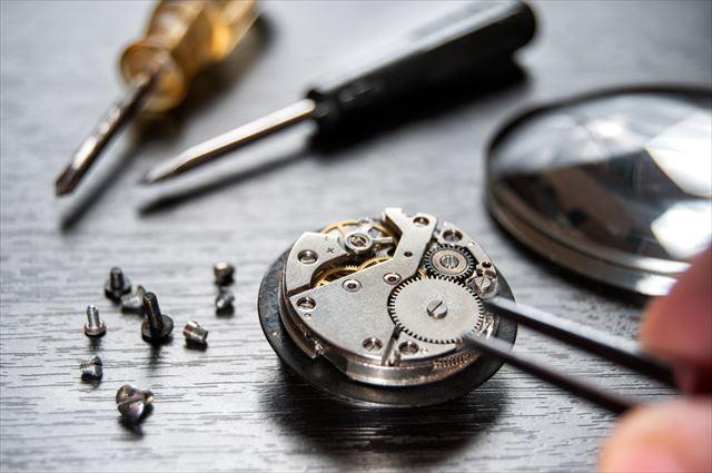 機械式時計を知っていますか?伝統に培われた手作りの魅力